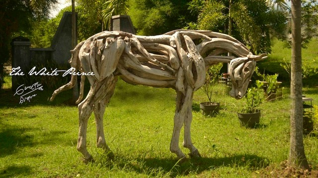 Horse driftwood sculptures Driftwood sculptures for garden