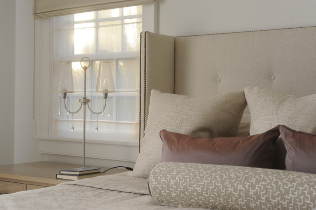 Hamptons House contemporary-bedroom