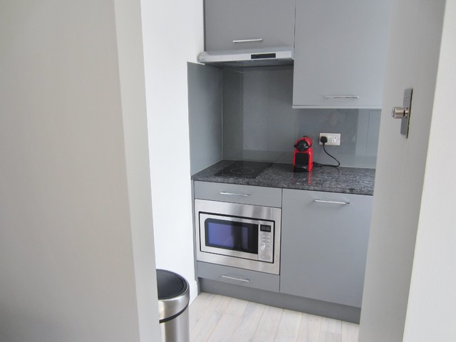 Bespoke kitchenette for studio apartment in London - Contemporary ...