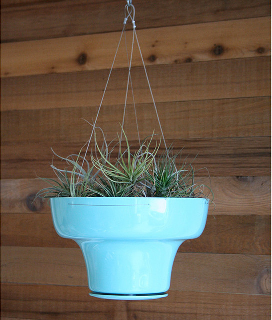 Wallter Hang Pot In Turquoise Contemporary Indoor