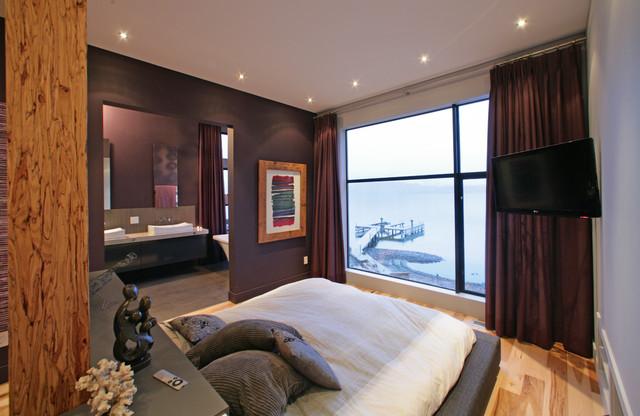 Kellet Residence contemporary-bedroom