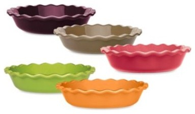 Emile Henry 9-Inch Fluted Pie Dish contemporary-pie-and-tart-pans