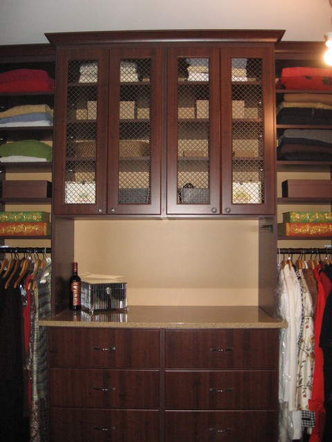 Master Bedroom Walk-in Closet - traditional - closet - toronto ...