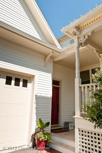 Victorian New Englander - Contemporary Interior traditional-exterior