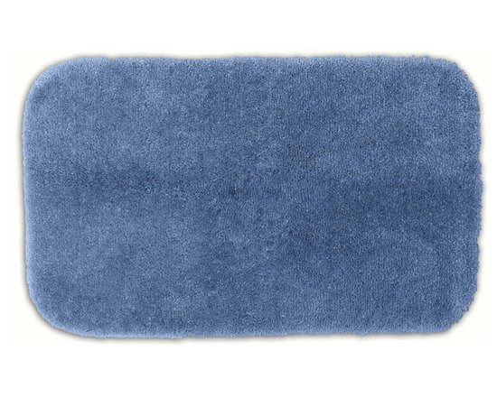 "Sands Rug - Posh Plush Light Indigo Washable Bath Rug (2'6"" x 4'2"") - Revel in spa-like luxury every time you step into your bath with the Posh Plush collection of bath rugs. The amazingly soft, yet durable, nylon plush is machine washable, and each floor piece has a non-skid latex backing for safety."