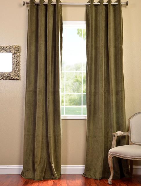 Hunter Green Grommet Velvet Blackout Curtain