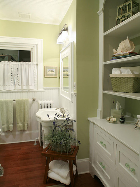 French Cottage HavenSweet Pea traditional-bathroom