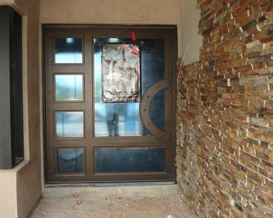 Eclectic Pivot Door w/sidelite -