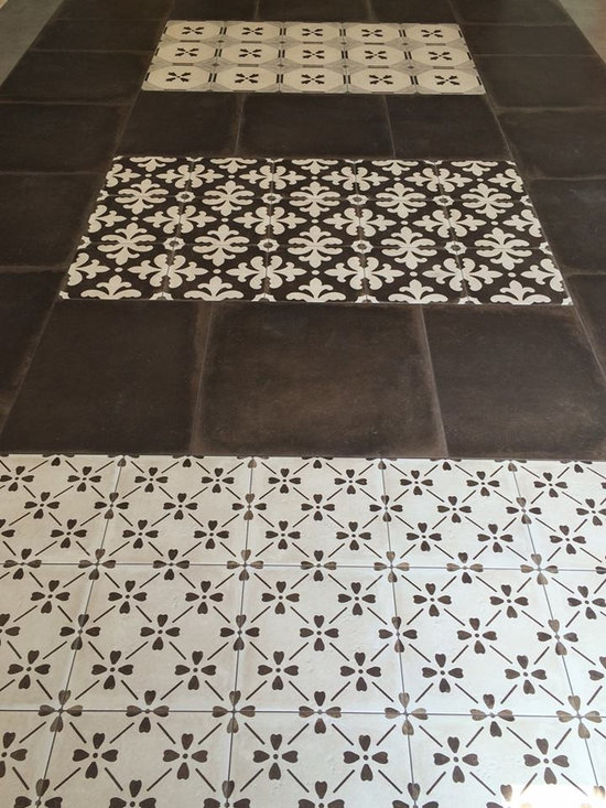 Palazzo Collection - The Palazzo collection provides a multi-faceted dynamic of old world charm and modern beauty with three beautiful colors and four unique decorative designs. Trim options and mosaics also available.