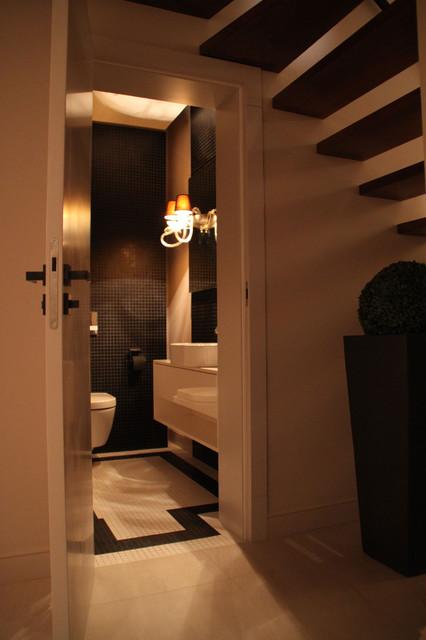 Torun House #1 contemporary-bathroom