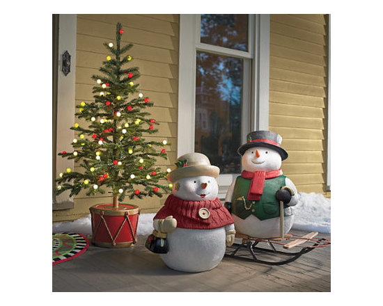 Grandin Road - Outdoor Whiteman Scene - 1 Sammy Snowman. 1 Sadie Snowman. 1 4-ft. Fresh-Cut Ornamental Stake Tree. 1 Drum Tree Stand. Set a charming scene with our plump Snowman figures, each decked out in winter garb—the good cheer of their hats matching their gentle smiles. Display them with a life-like Fresh-Cut Ornamental Stake Tree, standing securely in our Drum Tree Stand. Together the scene is a whimsical and timeless vision of all that delights us about the holidays. This kit includes:  .  .  .  .