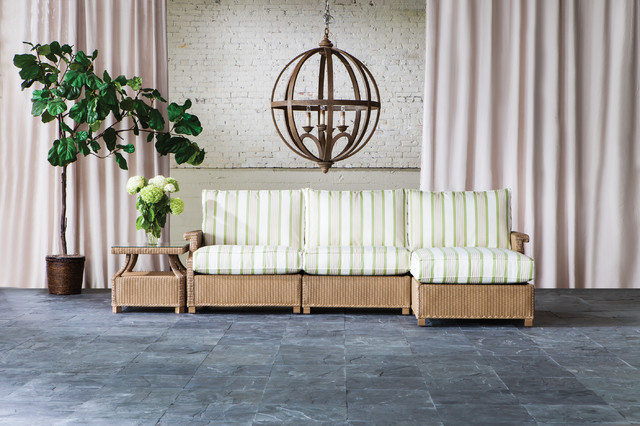 Lloyd Flanders Hamptons Seating Sectional traditional-outdoor-sofas