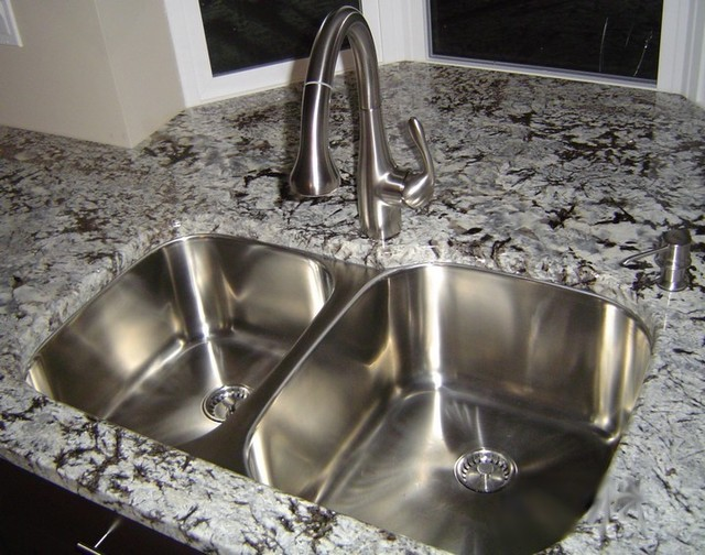 Large Kitchen Sinks Undermount : Classic Undermount Kitchen Sink (60-40 Large Bowl) - Kitchen Sinks ...