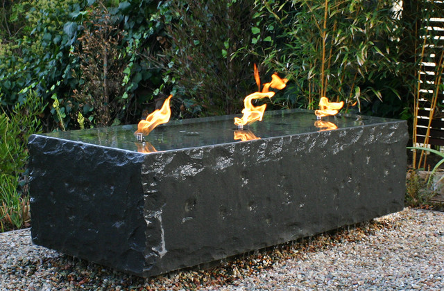 Outdoor Fountains : Find Tabletop, Floor and Wall-Mounted Water ...