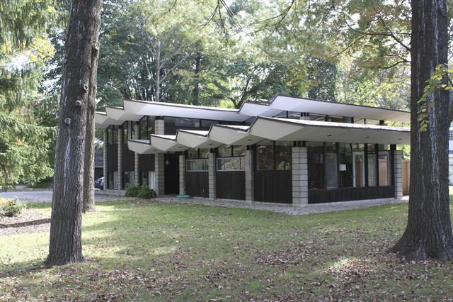 Exterior Of Our 1958 Irwin Stein Mid Century Modern Home