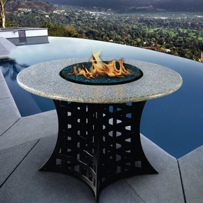 California Outdoor Concepts La Costa Dining Height Fire Pit modern-fire-pits