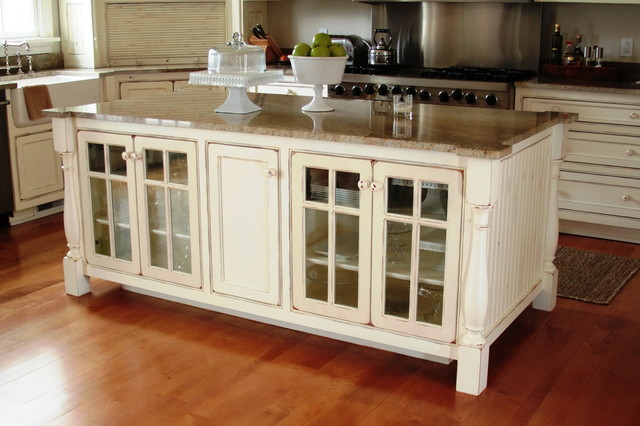 Kitchen Islands - Traditional - Kitchen Islands And Kitchen Carts ...
