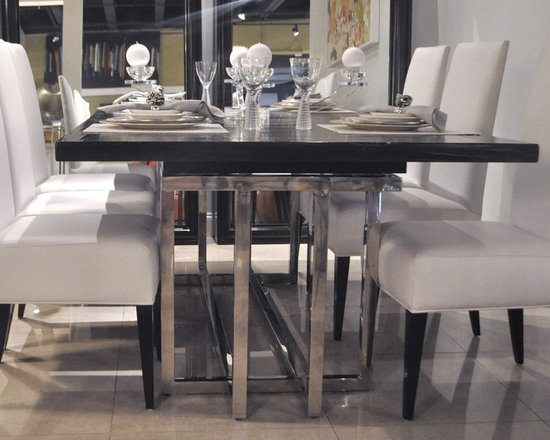 Showroom Pieces - Extendible Dining Table made of Mahogany Solids & Veneers with Stainless Steel legs