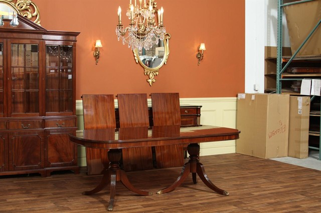 Duncan Phyfe Dining Table with Simple Mahogany Field (AP 79 138 RIB) - Traditional - Dining ...