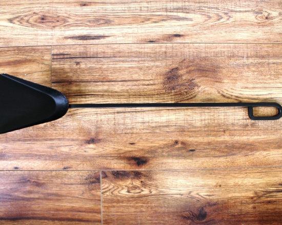 METRO Fireplace Tools - Shovel -