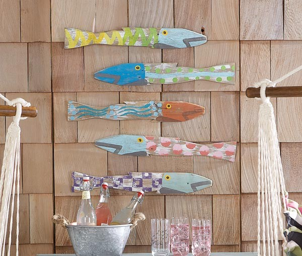 Picket fence fish tropical outdoor decor for Outdoor garden fence decoration