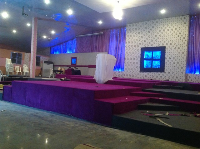 Contemporary Church ... & Dots And Spots Church Stage Design Ideas Ideas Church Stage The ... azcodes.com
