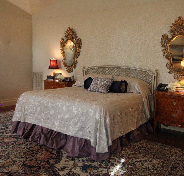 Linen and Silk Bedding traditional-bedroom
