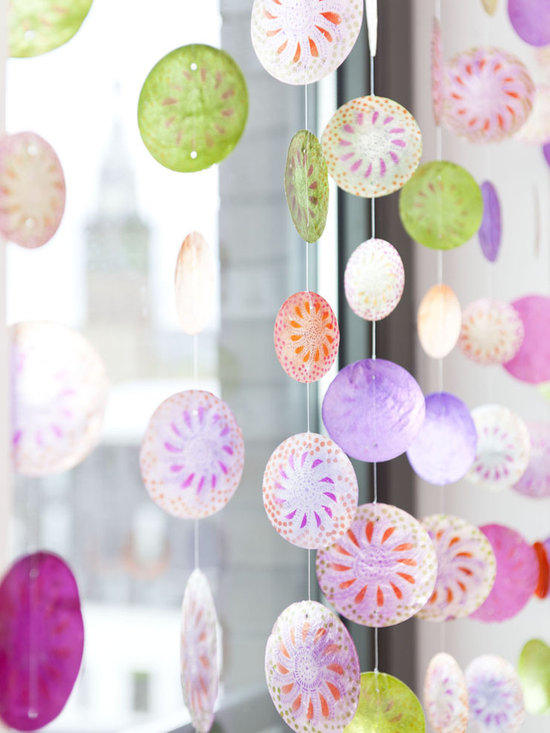 Shell curtain with color -