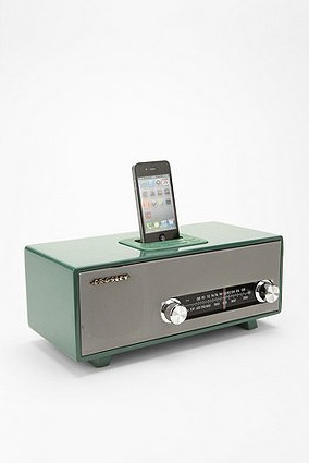 Stereoluxe AM/FM Radio And MP3 Dock contemporary-home-electronics