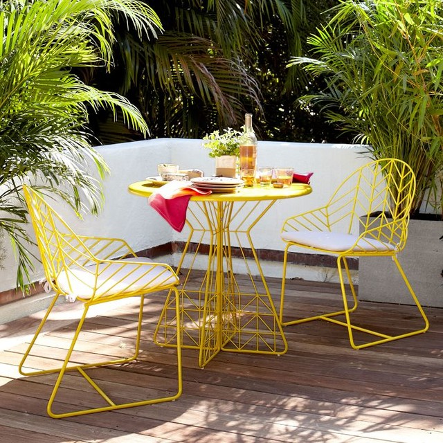 bend dining table 2 chairs yellow modern outdoor On outdoor furniture yellow