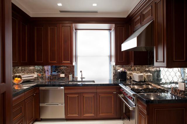 Park Avenue Classic traditional-kitchen