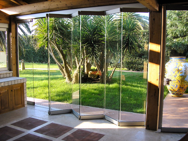 What Exactly Are GIEMME SYSTEM Folding Glass Doors