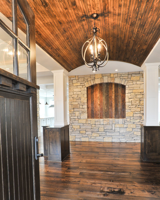 Shorewood traditional-entry
