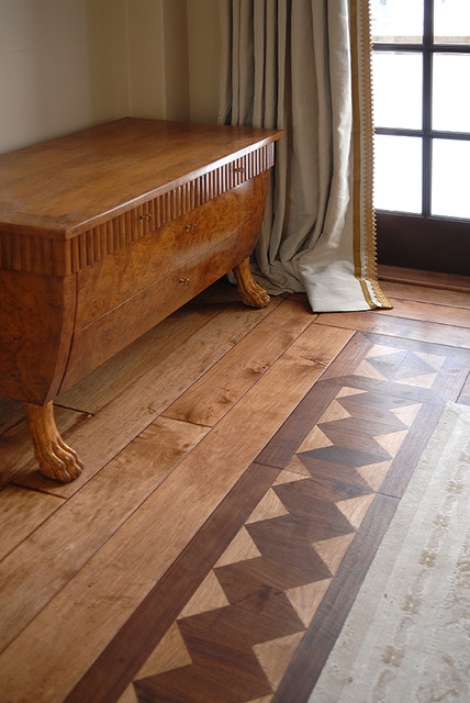 Hardwood Floor Border Detail