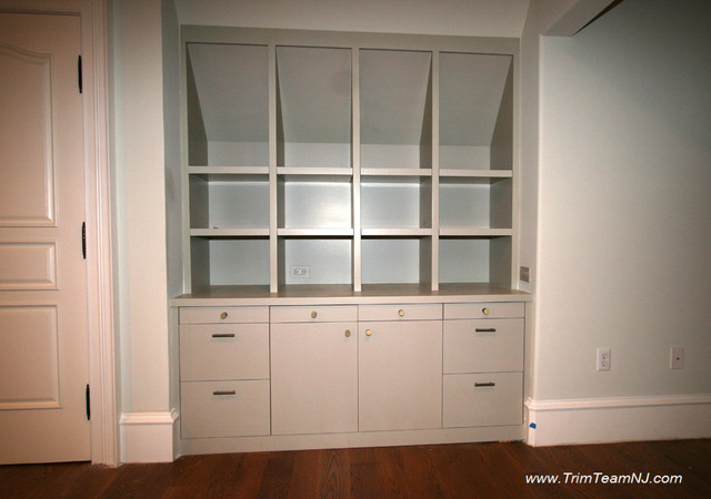 Galeria  Bookcases, Wall Unith, Built-Ins, Shelving traditional-hall