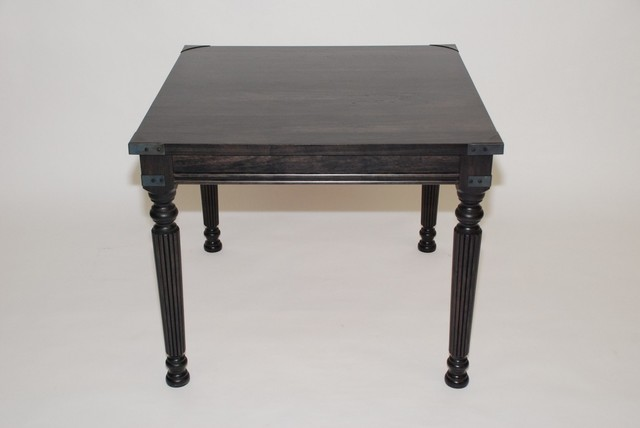 Traditional La Familia End Table traditional-side-tables-and-end-tables