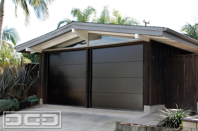 mid century garage door for a cliff may 39 s modern rancho style home in