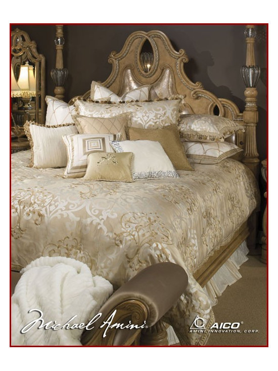 AICO Furniture - Luxembourg Bedding Set - AI-LUXEMB-CRM - Queen Set AI-BCS-QS12-LUXEMB-CRM: