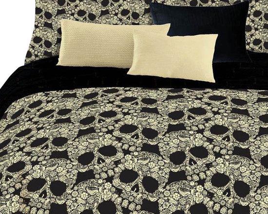 Veratex Inc - Flower Skulls Comforter Set Floral 4 Piece Queen Bedding - Features: