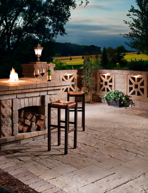 Belgard Seatwall Insets traditional outdoor products