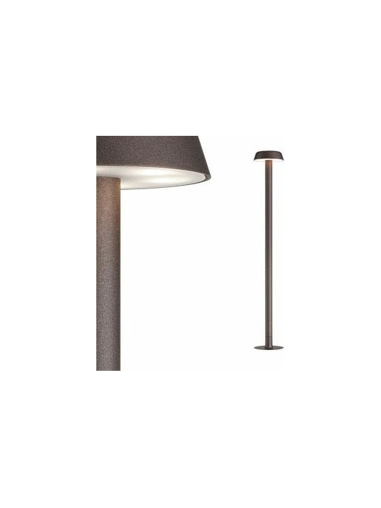 Belvedere Clove Floor Lamp By Flos Lighting - The Belvedere Clove by Flos is the family of exterior products consisting of devices with a stick with two different heights and suitable for floor installations with remote power box.