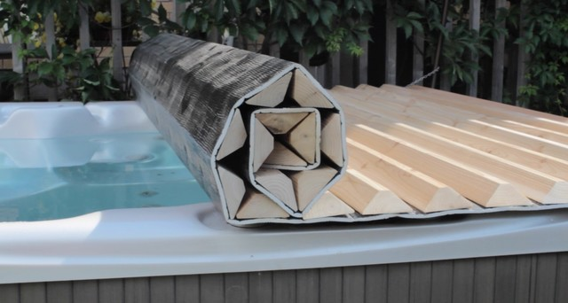Roll Up Hot Tub Amp Spa Covers Toronto By Canadian Hot