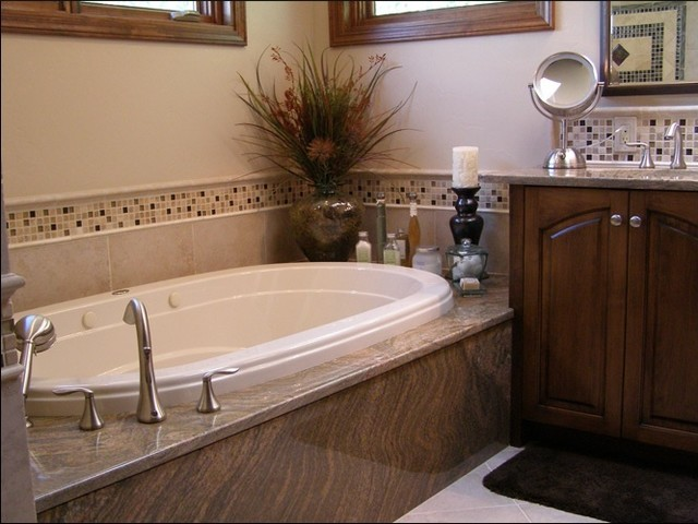 Juparana Columbo Tub Surround traditional-bathroom-countertops