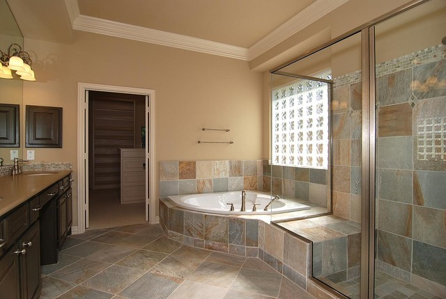 Riverchase II traditional-bathroom