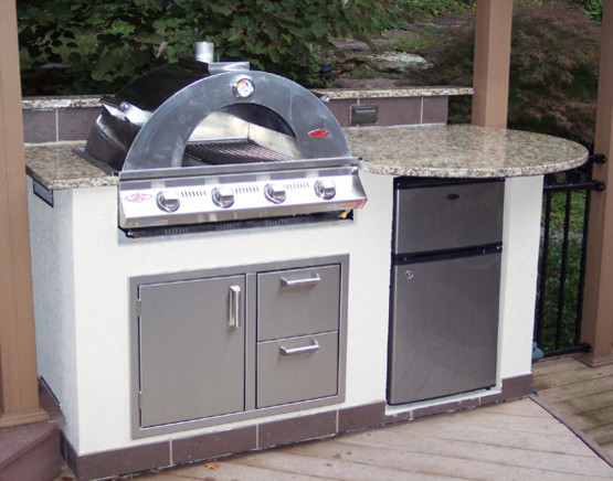 pizza oven outdoor kitchen