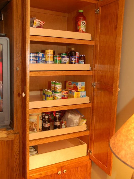 Mary Lee A's Jeffersontown, KY Installation - Each custom made pull out shelf by ShelfGenie of Kentucky holds up to 100 pounds, even when the shelf is fully extended.   And our shelves are made to fit your existing cabinets and closets.