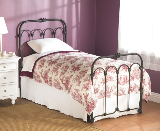 Hillsboro Bed traditional beds