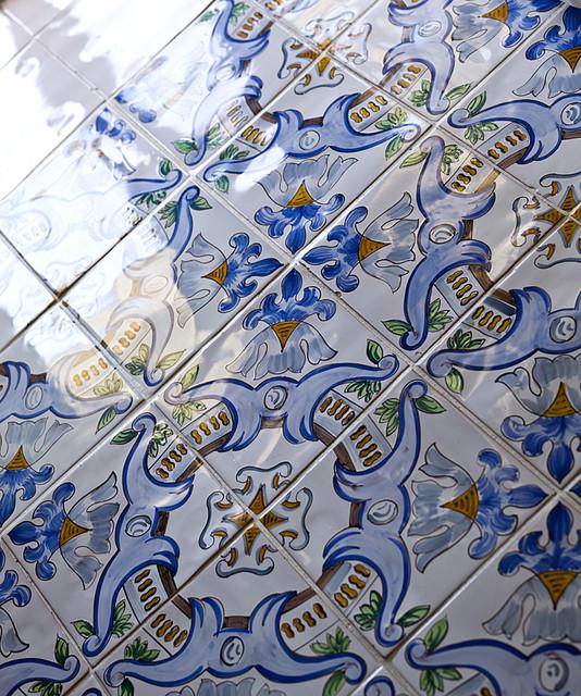 Ceramic floor tiles - Positano, Italy mediterranean-bathroom