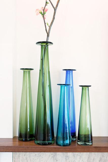 KMIDesign Mantlepiece Vases