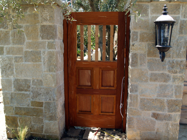 custom gates modern-outdoor-products